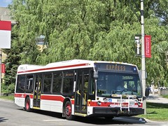 Toronto Transit Commission 8581 (YT | transport photography) Tags: ttc toronto transit commission nova bus lfs