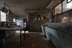 abandoned control room (rocco del anno) Tags: abandoned abbandonato decadimento decay lost lostplace marode rocco roccodelanno anno verfall verlassen ue derelict forlorn forgotten deserted decaygasm decaylicious