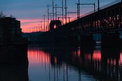 14-333 (George Hamlin) Tags: maryland perryville susquehanna river bridge railroad amtrak sky color blue pink overhead electric catenary sunset water reflection hour photo decor george hamlin photography