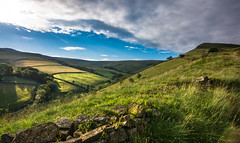 early light (Phil-Gregory) Tags: landscape scenicsnotjustlandscapes nikon d5200 tokina 1120mm 1120mmf28 1120mmproatx 1120 ultrawide wideangle wide green peakdistrict hills valley color colour light lightroom field fly clouds sky beauty