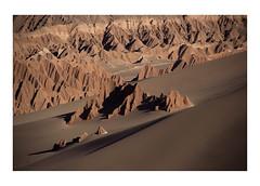 Life in Mars (Francisco Olivares L.) Tags: chile catarpe norte desierto desert north atacama sand sal mountains sanpedrodeatacama cornisa