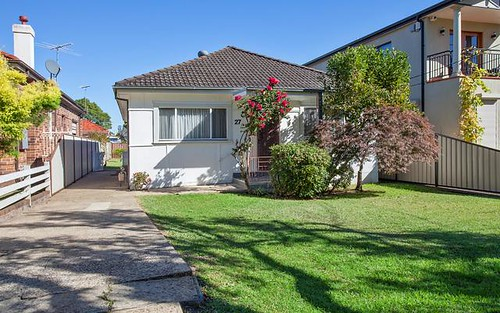 27 Armitree St, Kingsgrove NSW 2208