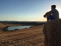 Living life in a good way! 😍🙌 #stunning #landscape #cretesenesi #tuscany #italy #love #travel #discover #nature #enjoy ❤️ (borghettob) Tags: stunning landscape cretesenesi tuscany italy love travel discover nature enjoy