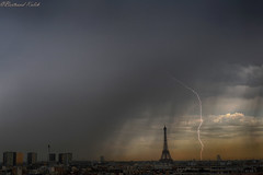 Orage du matin (bertrand kulik) Tags: eiffeltower storm lightning cloud nuage eclair weather météo france architecture paris