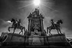 Maria-Theresia-Denkmal (Roman Achrainer) Tags: mariateresiadenkmal wien habsburger ringstrasse burgring denkmal statue österreich achrainer