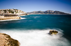 Marseille (Lolo_) Tags: longexposure marseille corniche sea france poselongue rock rocher vent wind vagues waves