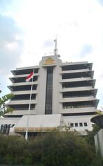 Gedung Semen Indonesia (Everyone Sinks Starco (using album)) Tags: eastjava jawatimur gresik building architecture gedung arsitektur office kantor