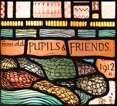 from old Pupils & Friends (1912) (Simon_K) Tags: ely cambridgeshire cambs eastanglia cathedral window glass stained sgm nikon d5300