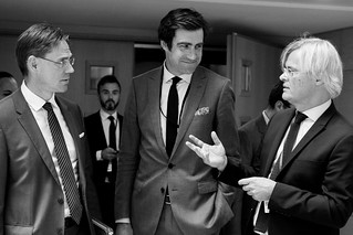 Vice-President Katainen talks with Jacques Bughin