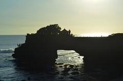 Bali_TanahLot_15 (chiang_benjamin) Tags: bali indonesia tanahlot temple beach ocean coast sea sunset dusk cliff