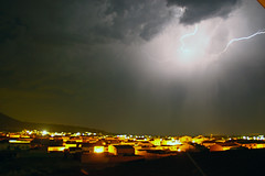 CC (berserker170) Tags: rayo ray relampago lightning tormenta strorm eos extremadura 550d noche night flickrexploreme