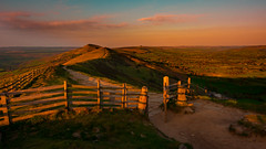 Great ridge (HFF) (Phil-Gregory) Tags: national nature nationalpark naturalphotography naturalworld natural naturephotography nikon greatridge tokina goldenhour peakdistrict wideangle ultrawide wide gate fence light field fly peace countryside color colour