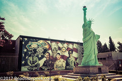 In remembrance (Roadsidepeek) Tags: statue police remembrance socal liberty