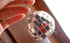 Mirrorball (DenisseSelene) Tags: mirrorball mirror cristal espejo reflex reflejo