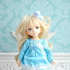 Angel bjd (Xeniya_) Tags: angel bjd tinybjd littlefee littlefeechloe fairyland faceup blueeyes blond blue dragon aileendoll tiny shabbychic room