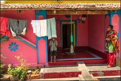 Colors.  Somnathpur (Claire Pismont) Tags: asia asie inde india karnataka pismont clairepismont colorful couleur color colour woman kid travelphotography travel viajar voyage