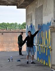 Artists taggers (JPG76) Tags: portautonome portderouen port bordsdeseine quaisdeseine quaisderouen grues bateaux voiliers graff graffiti streetart tags