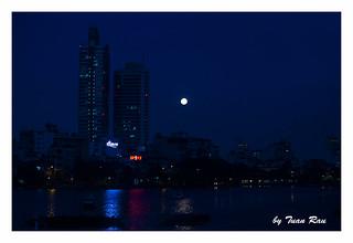 SHF_0080_The Moon