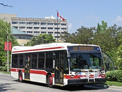 Toronto Transit Commission 8528 (YT | transport photography) Tags: ttc toronto transit commission nova bus lfs