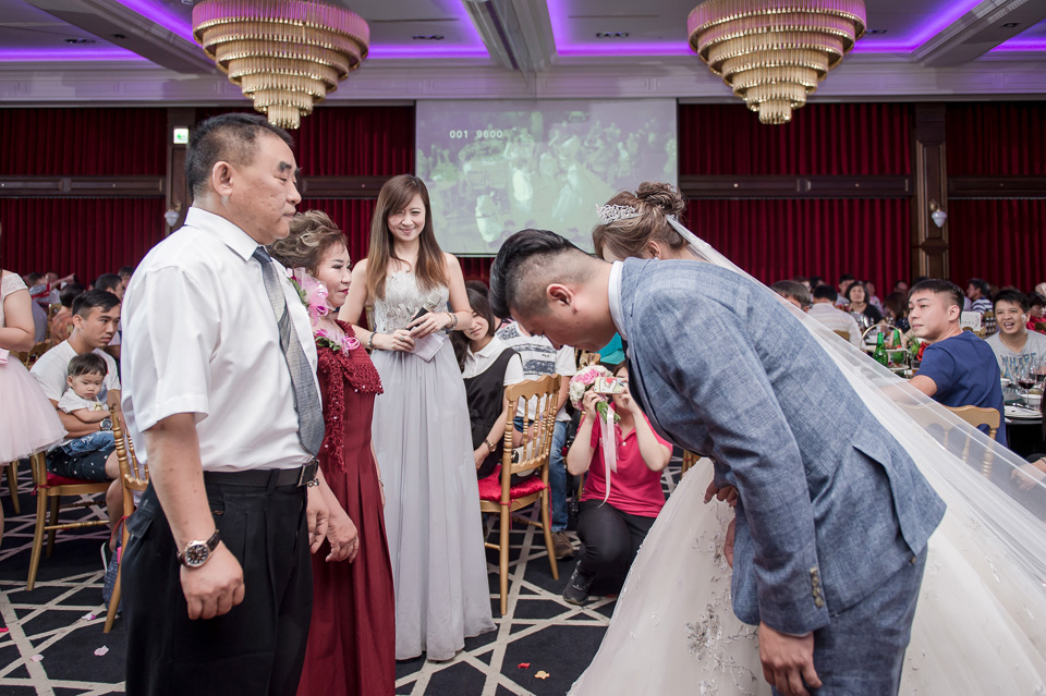 高雄婚攝 老新台菜 婚禮紀錄 Y & Y 058