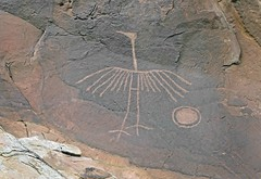 Petroglyphs / Comb Ridge (Ron Wolf) Tags: anthropology archaeology bearsearsnationalmonument combridge nationalpark nativeamerican puebloan bird petroglyph rockart zoomorph utah