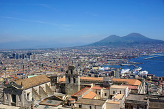 Naples - view from Castel Sant'Elmo (SomePhotosTakenByMe) Tags: castelsantelmo festung fortress urlaub vacation holiday italy italien naples napoli neapel city stadt outdoor vomero gebäude building architektur architecture downtown innenstadt meer sea ocean ozean mittelmeer tyrrheniansea tyrrhenischesmeer mediterraneansea golfvonneapel gulfofnaples certosadisanmartino church kirche panorama aussichtspunkt viewpoint skyline