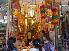 Shopping (Isabel-Valero) Tags: new delhi market india travel people