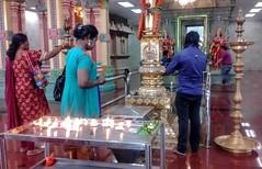 Sri Maha Mariamman Temple (Cleu Corbani) Tags: srimahamariamman templohindu templos religiones creencias cultura rezos gente people personas