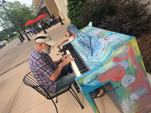 Pianos around Huntsville