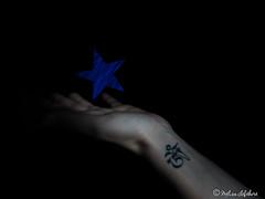 LiGhTpAiNTiNg (melimage) Tags: lightpainting light hand star lumière painting peinture étoile main nikon d750 mélisa lefebvre long exposure exposition longue temps de pose