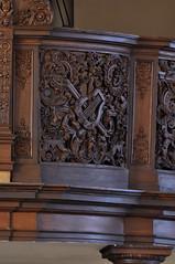 Hondschoote, Nord, Flandres, église Saint-Vaast, organ balcony, north side, musical carving (groenling) Tags: hondschoote nord flandres hautsdefrance france fr églisesaintvaast organ orgue orgel tribune balcony balkon mmiia wood carving woodcarving hout snijwerk houtsnijwerk boiseries ajour openwork louisxv lyre lier score partition partituur flute fluit flûte oboe hobo hautbois