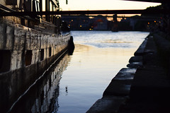Daurade (jer.ome.afo.nso) Tags: toulouse daurade bokeh reflection water barge péniche bateau boat reflets garonne wood bois sunset