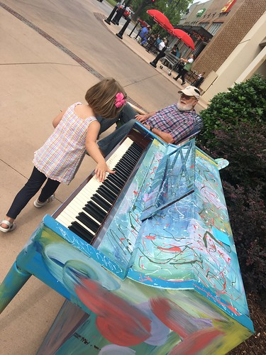 Pianos around Huntsville
