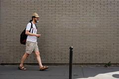 Grey wall 102-2017 ( serie walkers ) (Kairos !) Tags: walker walkers walk walking city urban street streetwalk streetview streetphotography streetphotographer fujifilm fujixt20