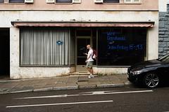 jeden Freitag (Marc R. A.) Tags: loxia235 a7r2 wurst street schaufenster