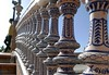 Tomando el puente (jantoniojess) Tags: plazadeespañasevilla plazadeespaña puente bridge posing perspectiva perspective sevilla seville spain españa andalucía baranda cerámica cerámicasevillana aníbalgonzález