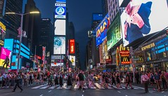 Time Square People watching. (simon.mccabe.5) Tags: nyc new york 2017 times square city life busy colour