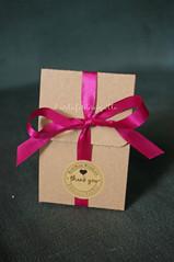 Handmade jewelry packaging - Gioielli handmade (CartaForbiciGatto) Tags: handmade earrings jewelry orecchini gioielli packaging gift idea regalo wrapping confezione scatolina campanule flowers fiori fuchsia fucsia rosa verde pink green bronze bronzo
