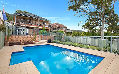 11 Cottage Grove, Corrimal NSW