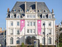 Coté du Grand Hotel - Besançon-les-Bains (Zéphyrios) Tags: besançon doubs nikon d7000 franchecomté xix ardoise classique luxe complexethermal therme
