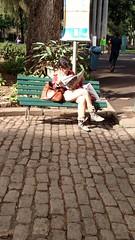 todo tempo do mundo (luyunes) Tags: ler leitura leitor pausa parque paláciodocatete riodejaneiro motomaxx luciayunes