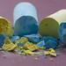 Broken Macro Mondays (martinhorvath.photography) Tags: macromondays broken macro mondays pastelpaint macrophotography schärfentiefe yellow blue kreide pigmente