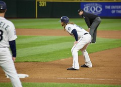Ben Gamel takes a lead at first (hj_west) Tags: baseball philadelphiaphillies seattlemariners safecofield mlb interleague stadium night sports