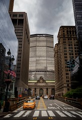 MetLife Building (kareszzz) Tags: parkave parkavenue metlife building streetphotography taxi cab nyc newyork usa 2017 june canon6d ef24105 summer photowalk travel