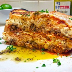 Tres Meatchez . . #texasbutter #lasagna #uglyade #713atme #my_365 (texasbutter@att.net1) Tags: texas texasbutter smoked homemade spices texasbuttersauce myfav mesquite doingwhatilove natural hotsauce texashotsauce madeintexas texasbbq goodgawd food foodie foodporn forkyeah foodblog barbecue eeeeeats thedailybite my365 instafood yum yummy munchies getinmybelly yumyum delicious eat dinner comida picoftheday love sharefood instafoodie beautiful favorite eating foodgasm foodpics chef bacon beef