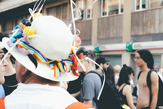 hat | milano pride 2017. (Nicole Favero) Tags: verde pride lgbt loveislove amazing mine cute cool awesome forever followme supporter supporting straight love people wonderful crazy nikon nikond5000 camera effect lightroom lens vsco vscoeffect cam milano milan gaypride gay lesbian transgender bisexual asexual babdook babadook italy