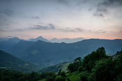 Cordillera Cantábrica al anochecer (ccc.39) Tags: asturias cordilleracantábrica macizocentral pajares lena montes cordillera atardecer anochecer nubes