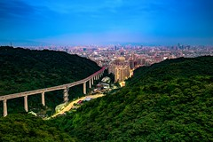 taipei (linchingyao) Tags: bluetime 台北 台灣 taipei taiwan blue bluesky sky light city long green night canon
