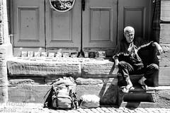 4 Strasbourg (faneitzke) Tags: portfolio canont5eos1200d canon canont5 france frança francia summer verão été printemps primavera spring exchangestudent intercâmbio studentexchangeprogram rye ryep strasbourg estrasburgo alsace grandest strasburg basrhin blackwhite blackandwhite noiretblanc blancetnoir pretoebranco pb bw monocromático monochromatic travelling trip travel traveling traveler traveller juin june junho people gente pessoas gens oldman