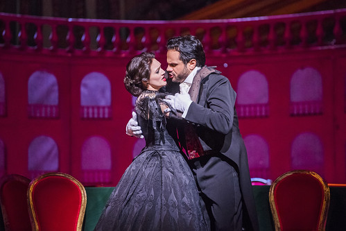 Your Reaction: What did you think of Verdi's <em>La traviata</em> on BP Big Screens 2017?